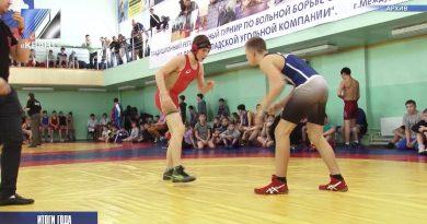 Антон Пятовский подвёл областные итоги в сфере физической культуры