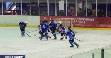 В Омске прошёл Межрегиональный Новогодний турнир по хоккею