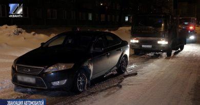 Брошенные машины эвакуируют на штрафстоянку