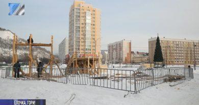 Площади превращаются в снежные городки