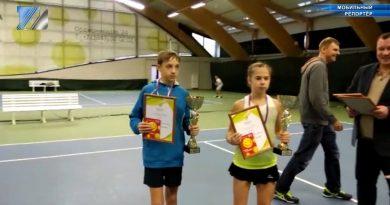 В Новокузнецке состоялось первенство по большому теннису