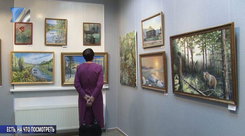 В выставочном зале открылись сразу две экспозиции
