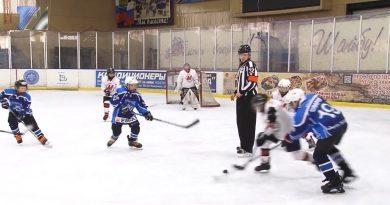Хоккейный турнир памяти М. Мартынова